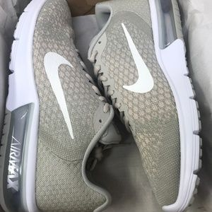 Nike Women's Air Max Sequent 2, Size 10.5 US